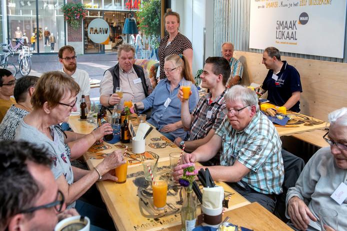 'Vrienden voor het Leven, voor mensen met een verstandelijke beperking, kwam zondag bijeen in Arnhem.