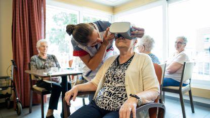 Bewoners Sint-Elisabeth aan de slag met VR-bril en met digitale 'aaipoes'