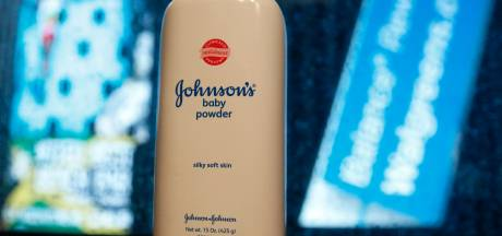 Accusé de provoquer des cancers, le célèbre talc pour bébé Johnson & Johnson retiré du marché
