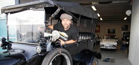 Martijn uit Bemmel verzamelt oldtimers: 'Dit rijdend erfgoed moet gewoon bewaard blijven'