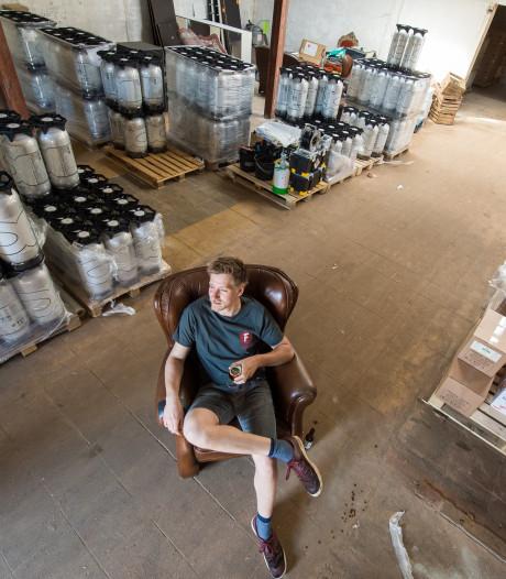 Brouwerij mét proeflokaal en foodtrucks in de Faam-fabriek