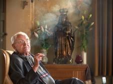Markante oud-pastoor Piet van Velthoven (91) van Venhorst overleden