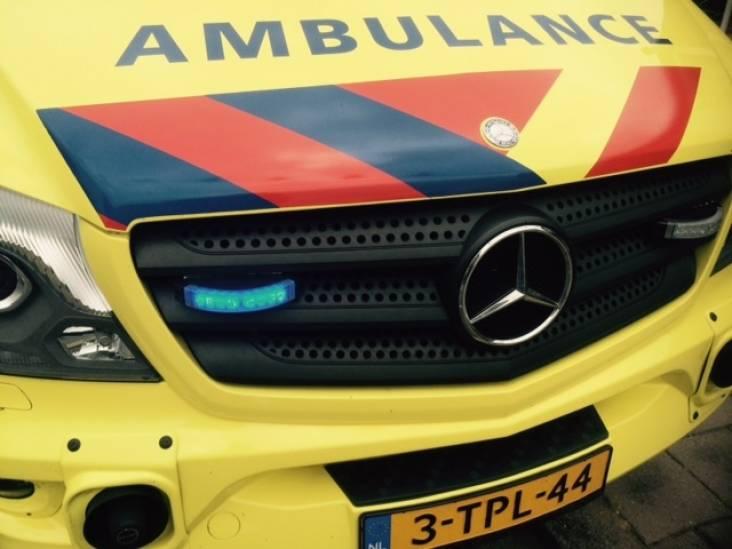 Vrouw en twee kinderen gewond na aanrijding met vrachtwagen in Bergen op Zoom
