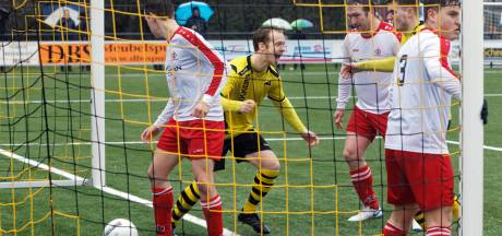 Uitslagen districtsbeker: Be-Ready met 1-7 de sterkste in derby met Dussense Boys