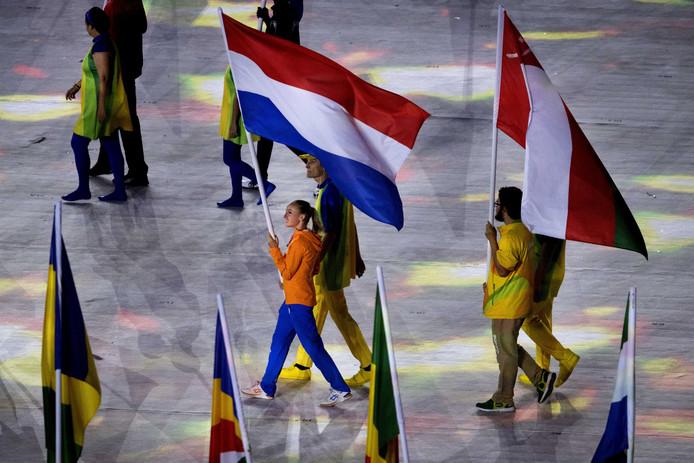 Sanne Wevers tijdens de slotceremonie