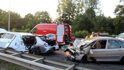 Twee zwaargewonden bij ongeval in file
