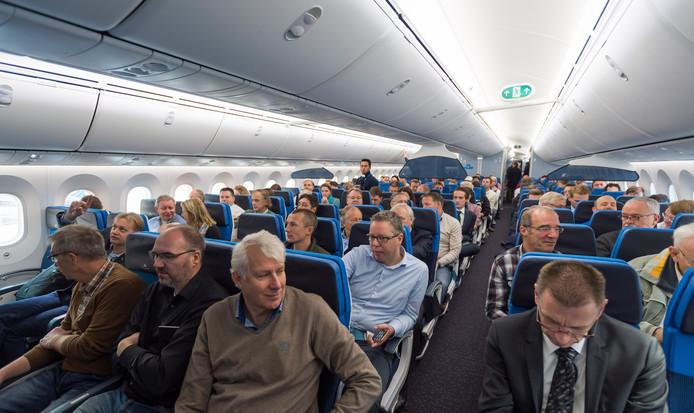 Het smalle gangpad in vliegtuigen zorgt zeker bij het in- en uitstappen voor de nodige vertraging.