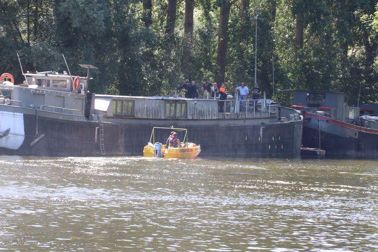 Het lichaam werd aangetroffen in de buurt van een boot.