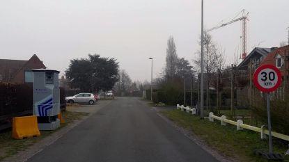 """Politie zet 'superflitspaal' in op omleiding voor werken in Wondelgem: """"Men houdt zich hier niet aan maximumsnelheid"""""""