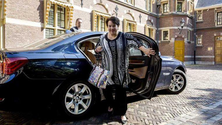 Staatssecretaris Sharon Dijksma van Economische Zaken komt aan op het Binnenhof. Beeld anp