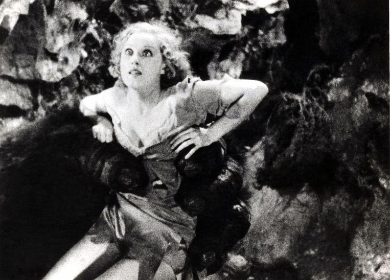 Actrice Way Fray in de reuzenhand van King Kong.  Beeld Photo12/DR