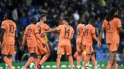 FT buitenland. Lyon speelt in leeg stadion tegen Shakhtar, maar stapt naar TAS - Agüero verlengt contract bij City