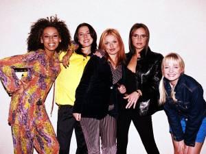 Vous pouvez désormais dormir dans le mythique bus des Spice Girls