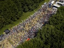 Meerdere aanhoudingen bij boerenprotest, video toont arrestatie frontman Nederland in Opstand
