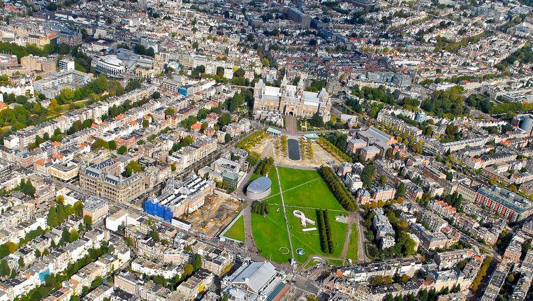 Luchtfoto van Amsterdam rond het Museumplein. Beeld anp