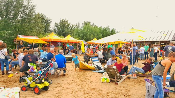 B-Fest op Belcrum Beach