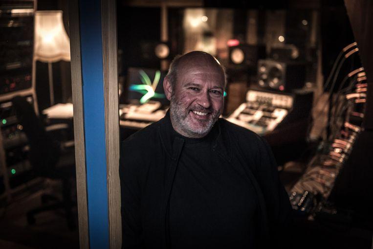 Patrick Hamilton in de Globe Recording Studio.