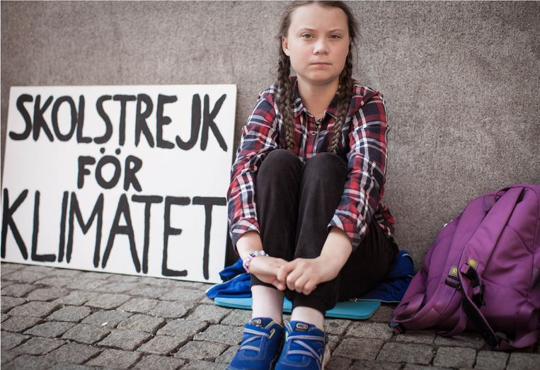 Greta Thunberg bij het Zweeds parlement.  Beeld
