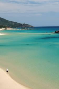 Franse toeristen vast voor meenemen   40 kilo strand als souvenir