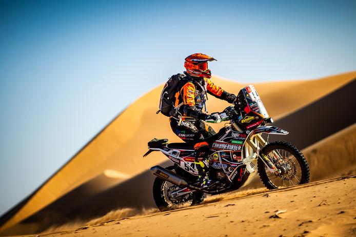Mirjam Pol uit Borne in actie tijdens de 41ste Dakar Rally in Saoedi-Arabië