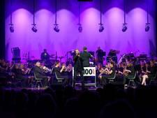 Koninklijke eer voor muziekvereniging van de Meppelers en Mr. Bazuin