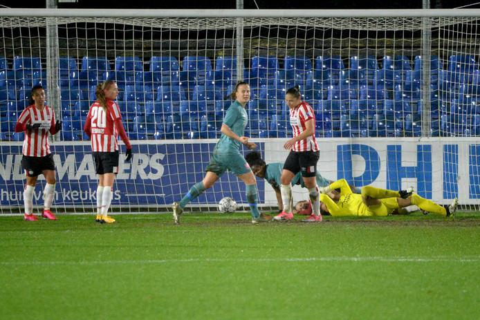 FC Twente maakt de 1-1.