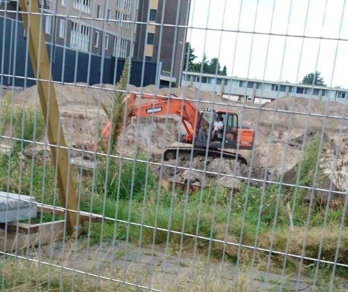 In de bouwput van Anklaar wordt nog steeds gegraven.