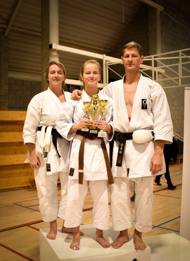 Rhode Robbens treedt met haar Belgische titel in de voetsporen van haar ouders.
