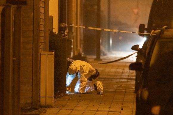 In Wommelgem ontplofte maandagochtend vroeg een granaat aan een appartementsgebouw.  In een van de flats zou familie hebben gewoond van Gabriël C., de 'man met de lange vingers'.