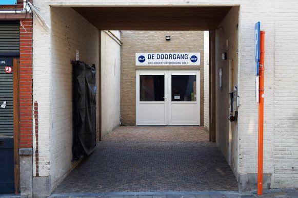 In de Bruggestraat zorgt De Sint-Vincentiusvereniging twee keer per maand voor een voedselbedeling voor zo'n 160 gezinnen. Een verdubbeling in tien jaar.