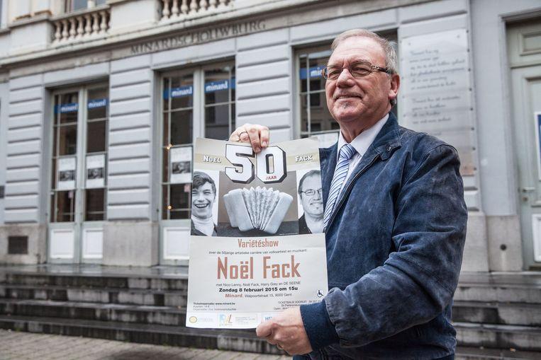 Noël Fack voor de Minard waar zijn jubileumshow te zien is.