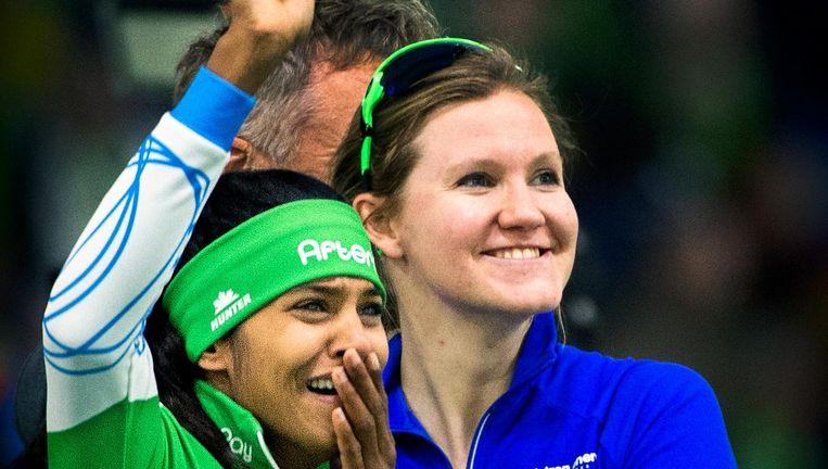 Anice Das (links) plaatste zich wel op de 500 meter, Lotte van Beek op de 1.500 meter. Beeld Klaas Jan van der Weij