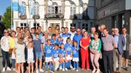 Voetballers ontvangen op gemeentehuis na kampioenstitel