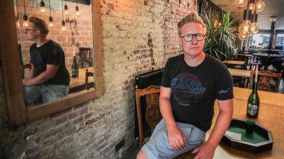 Meester Deef opent 'koffiekroeg' mét vinylplaten