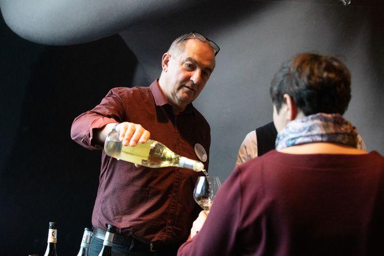Wijnhandelaar Toni Etneo organiseert zondag samen met de mensen achter het project 'Grapes House of Wines' een unieke wijndegustatie.