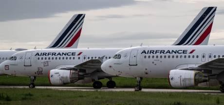 """Un vaccin contre le corona obligatoire pour voyager en Europe: la France """"réticente"""""""