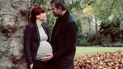 Johan Heldenbergh en Fien verwelkomen eerste kindje