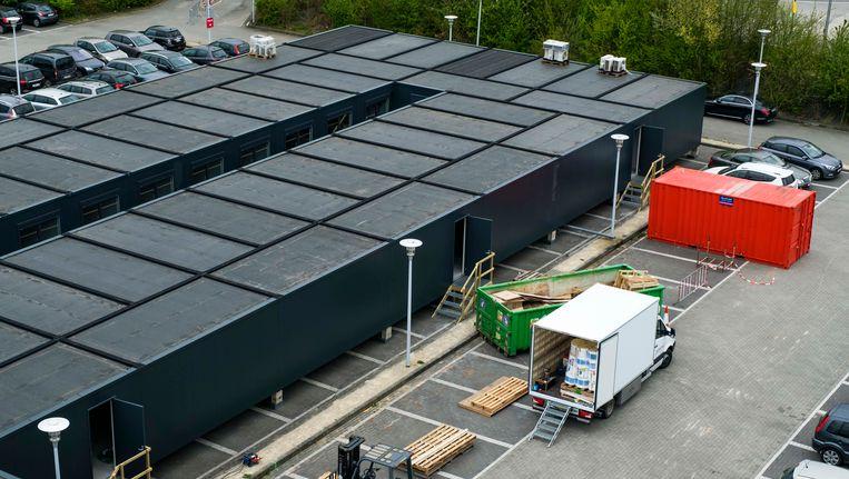 Het containerdorp van de UZA.