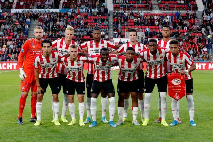 PSV voor aanvang van het duel met Haugesund.