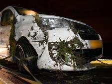 Auto in droge sloot in Hoek; één gewonde