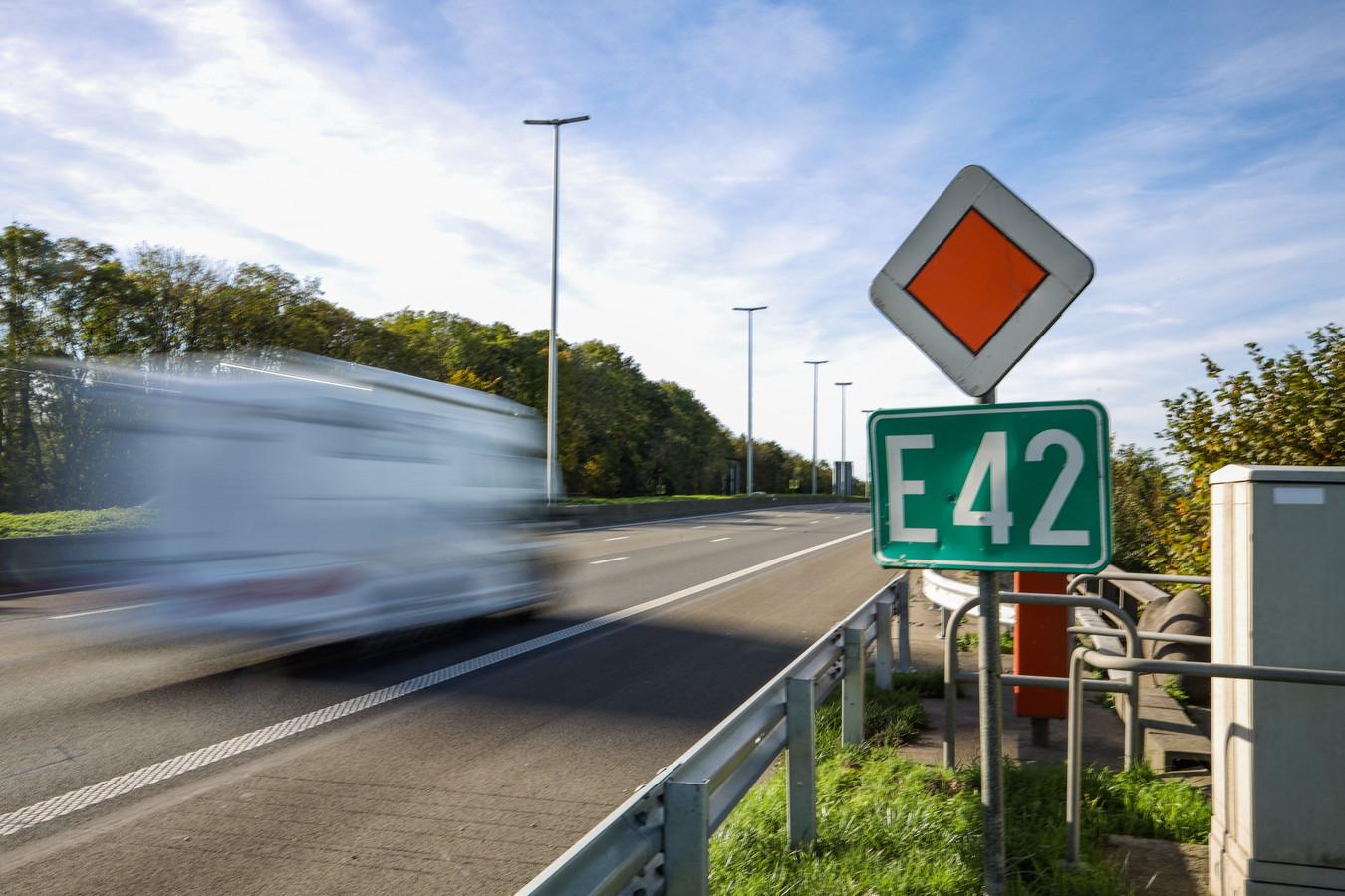 L'autoroute E42.