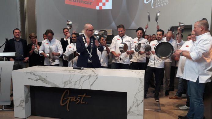 De officiële opening door chef-koks en burgemeester Jack Mikkers