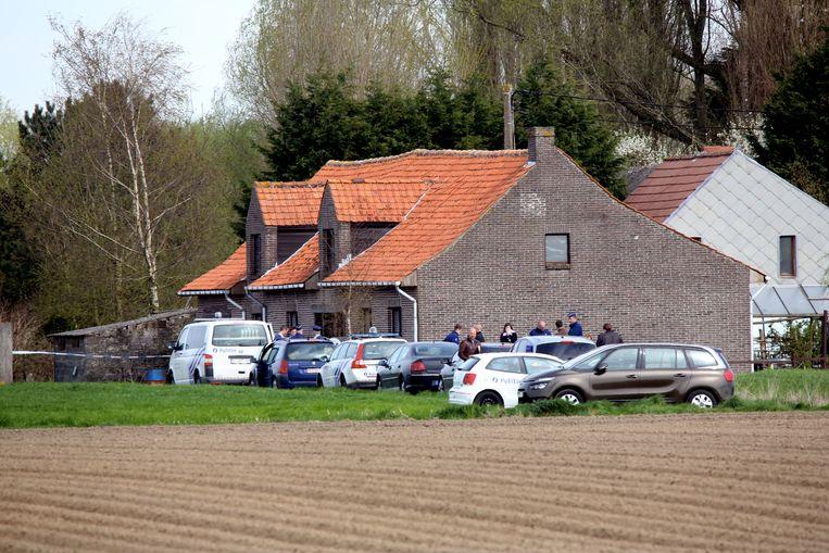 De woning in de Schrevelstraat in Jonkershove, waar L.L. in kritieke toestand werd aangetroffen.