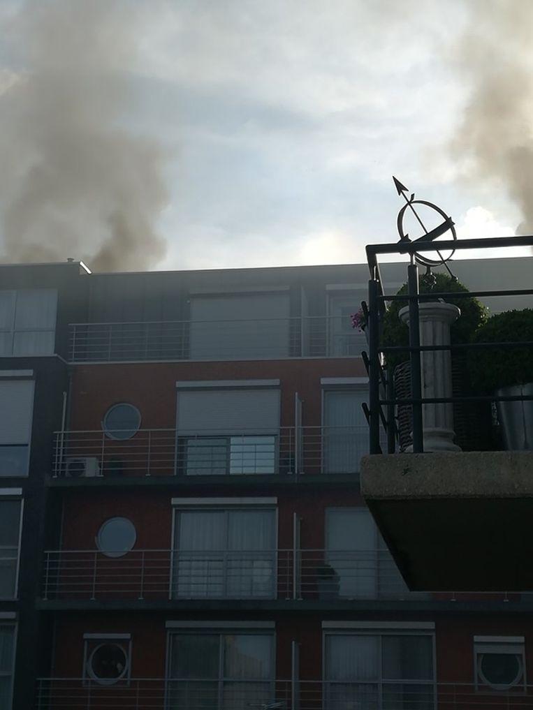 De rook ging langs twee schachten naar boven
