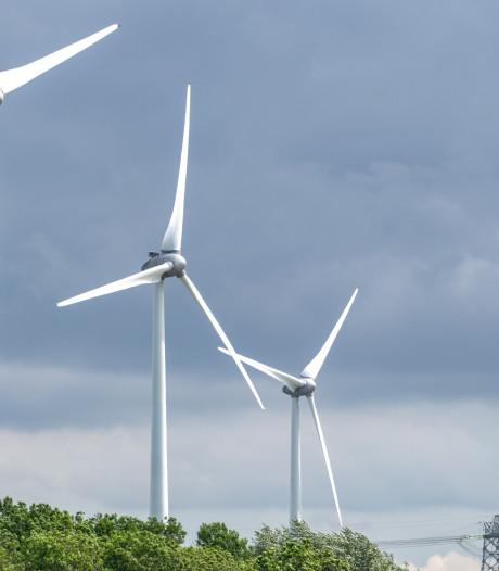 Doorzoeking huis Emmen in verband met onderzoek bedreigingen ondernemers windmolenparken