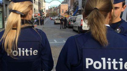 """Fikse boetes voor actievoerders Voorpost: """"Geen toestemming én in overtreding met coronamaatregelen"""""""
