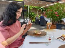 Majda krijgt betaald om uit eten te gaan voor een recensie: zo gaat ze te werk