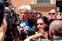 Pietro, de broer van Emanuela, staat Italiaanse pers te woord.