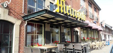 Frans Jansen sluit na 66 jaar restaurant- café Metropole; 'een feestcafé wil ik de buurt niet aandoen'