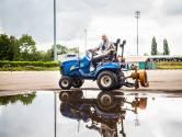 Grasmeester Jan (72) werd door 'zijn' FC Dordrecht in het zonnetje gezet: 'Ik kreeg een brok in m'n keel'